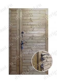 Металлическая двухстворчатая дверь для частного дома - модель 21-002