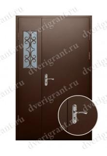 Металлическая двухстворчатая дверь для частного дома - модель 21-006