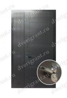 Металлическая двухстворчатая дверь для частного дома - модель 21-007