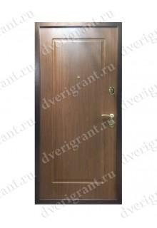 Входная дверь для коттеджа 11-25