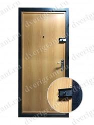 Дверь в квартиру - 17-003