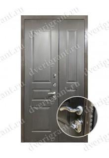 Нестандартная металлическая дверь в квартиру для старого фонда - 17-028