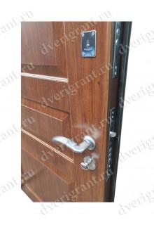 Металлическая дверь - 18-009