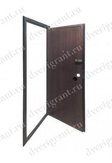 Металлическая дверь 22-040