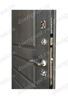 Металлическая дверь 22-051